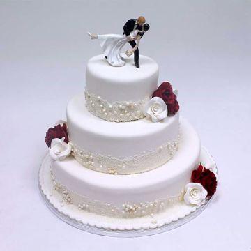 Afbeeldingen van White red flowers taart