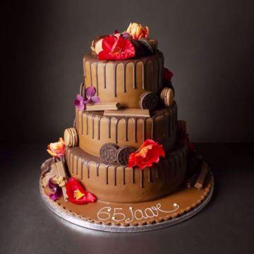 Afbeeldingen van Dripping chocolate taart