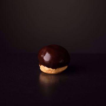 Afbeeldingen van Chocolade slagroom soesjes