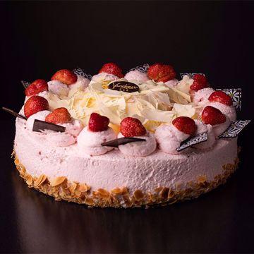 Afbeeldingen van Aardbeien bavaroise taart