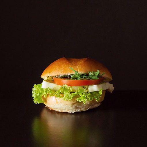 Afbeelding van Mini pesto met mozzarella en tomaat