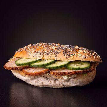 Afbeeldingen van Belegd broodje gehakt