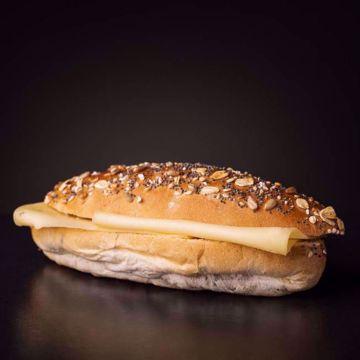 Afbeeldingen van Belegd broodje kaas