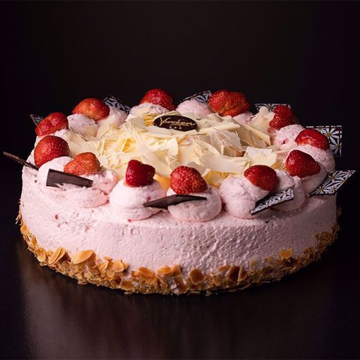 Afbeelding van Paas aardbeien bavaroise taart